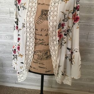 Other - Ivory lace-trimmed floral Kimono